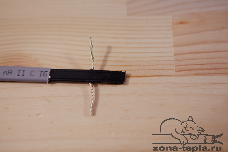 Саморегулирующийся греющий кабель-подключение-вынимаем токопроводящие жилы