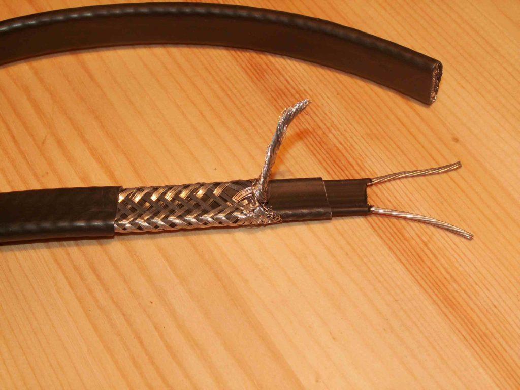 Промышленный саморегулирующийся нагревательный кабель1