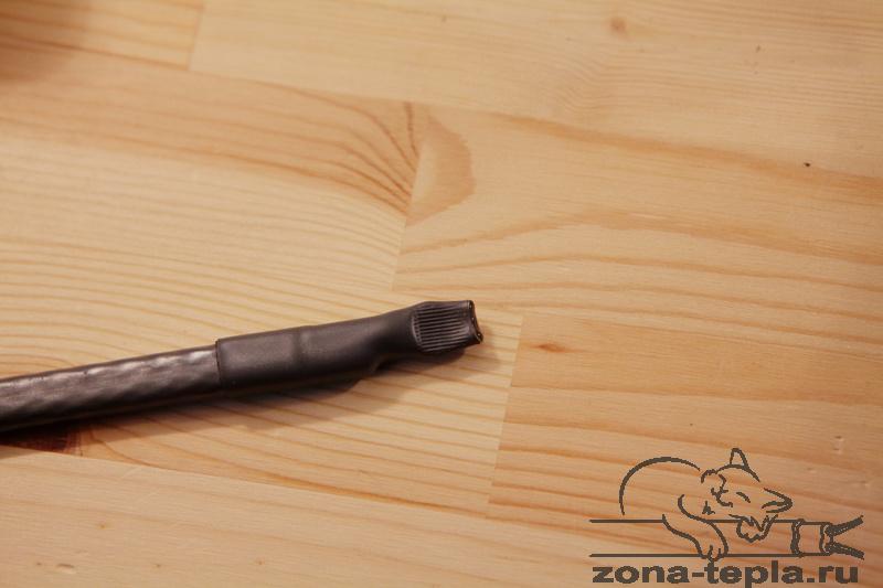 Саморегулирующийся нагревательный кабель-герметично замуфтированный конец