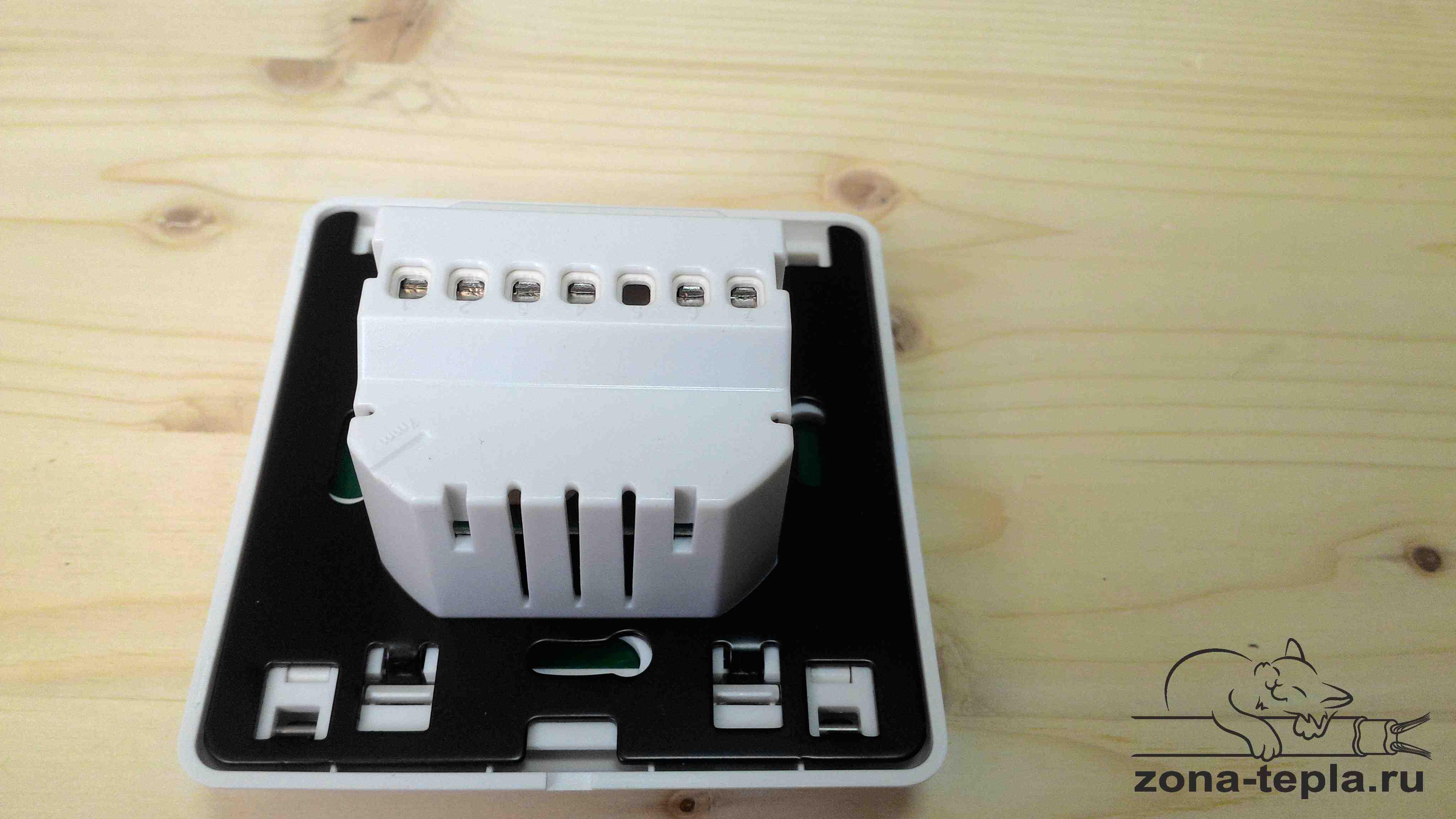Терморегулятор для теплого пола Lavita E51.716 основание - металл